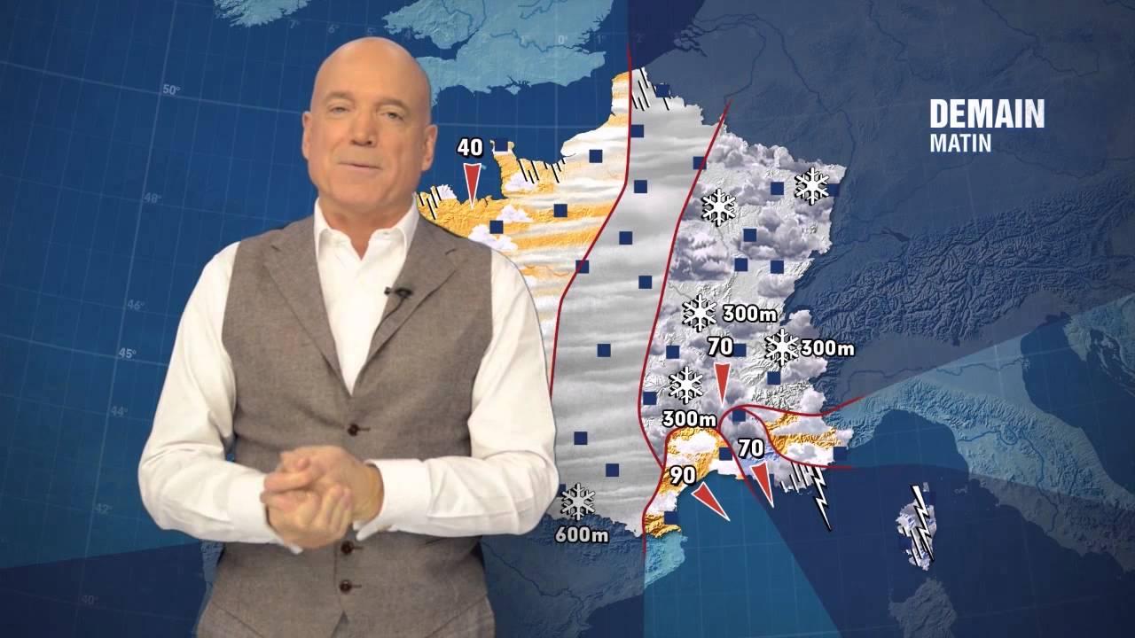 Louis Bodin présentant la météo