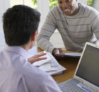 Un conseiller vous aide à faire les bons choix