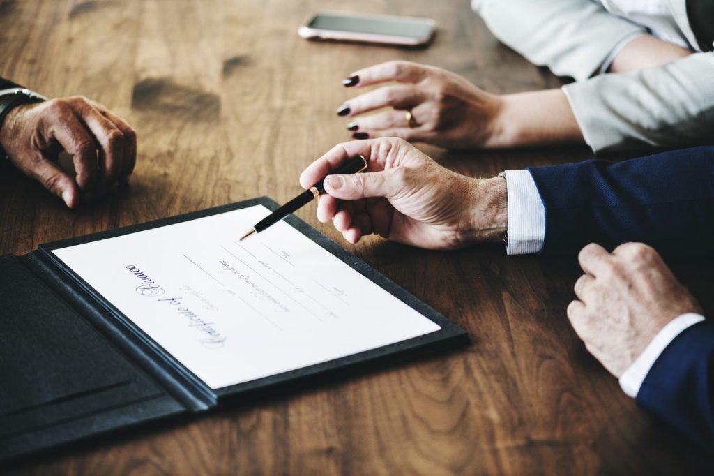 Signature pour d'une fusion-acquisition