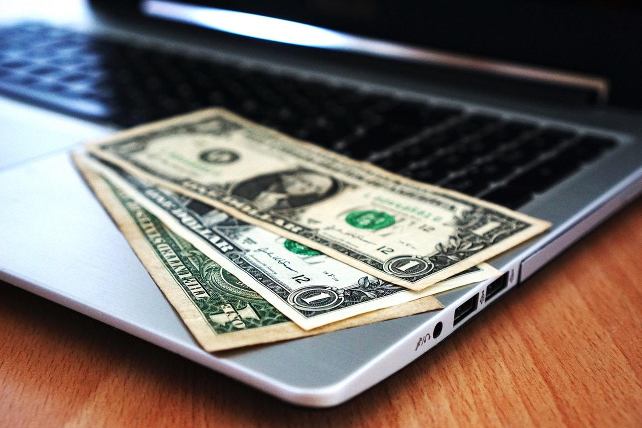 Comment envoyer de l'argent en ligne