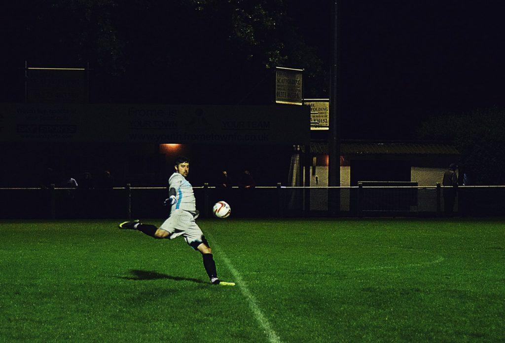 Footballeur en action