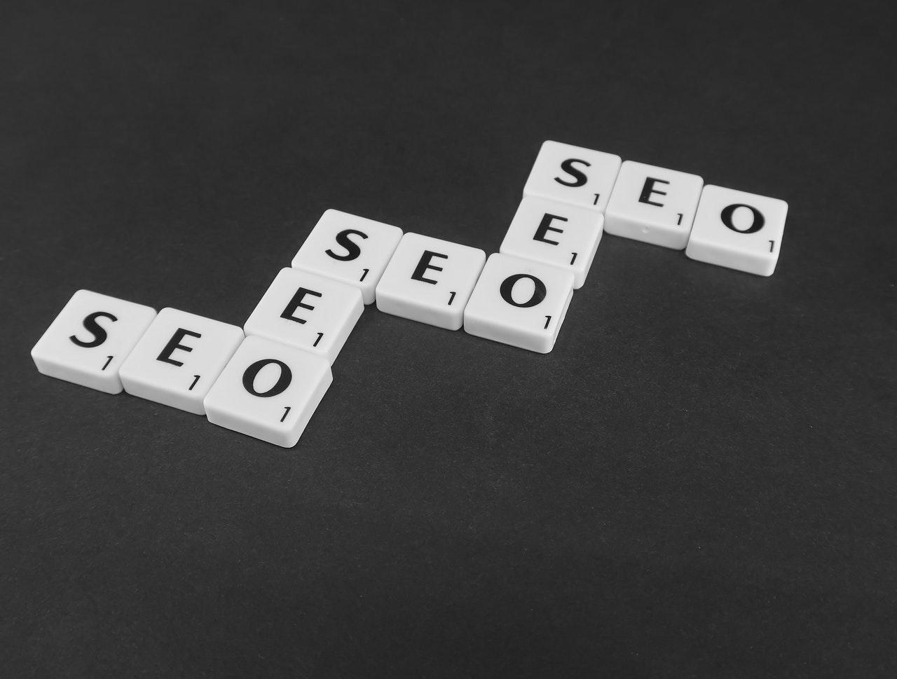 Le SEO vous aidera à apparaitre plus souvent dans les moteurs de recherche